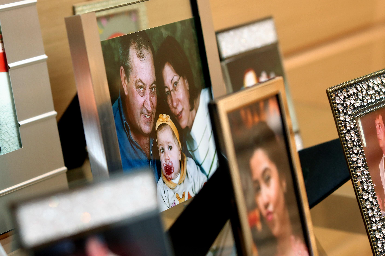 Curitiba, Parana, Brasil, 23-09-2016, 14h30 - Fotos e objetos do empresario Rolf Gutjahr, uma das vitimas do acidente que derrubou o voo 1907 da gol em 29 de setembro de 2006. (Foto: Theo Marques/Risca Faca)